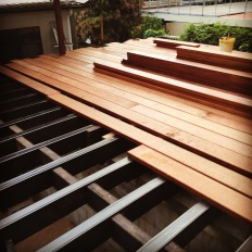 The beginning of a carport deck, 200x75 hardwood joists with rubber joist covers, 240x50 Kwila boards.